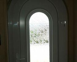 Menuiseries-bsdf.fr-Pleudaniel / porte cintrée pVC 22860 PLOURIVO